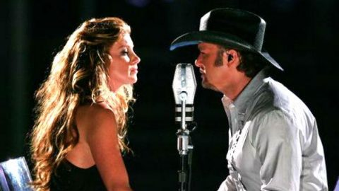 Tim McGraw and Faith Hill – I Need You (Live – Fashion Rocks 2006) (VIDEO) | Country Music Videos