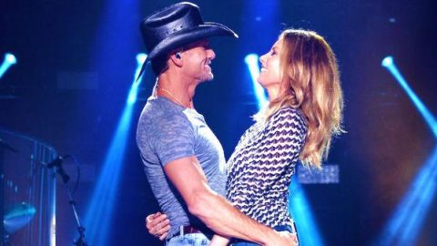 Tim McGraw and Faith Hill – Meanwhile Back At Mama's (Live CMA Fest 2014) | Country Music Videos