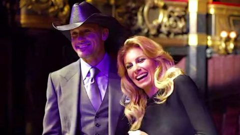 Tim McGraw and Faith Hill Talk Valentine's Day and Vegas (VIDEO) | Country Music Videos