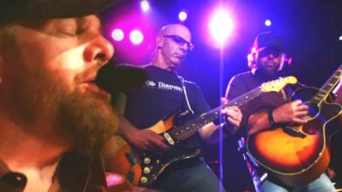 Toby Keith – 11 Months And 29 Days (The Fillmore New York Live) (VIDEO) | Country Music Videos