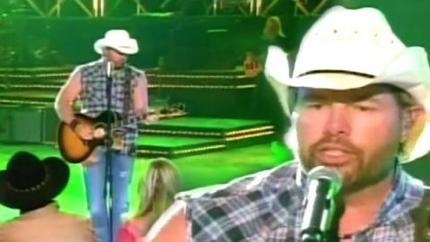 Toby Keith – A Country Boy Can Survive (WATCH) | Country Music Videos