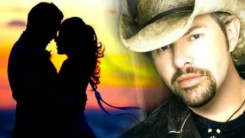 Toby Keith – Rock You Baby (WATCH)   Country Music Videos