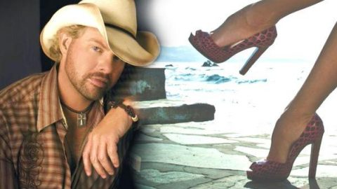 Toby Keith – You Can't Read My Mind | Country Music Videos