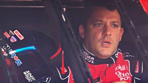 Tony Stewart Saves Man's Life In Unexpected Way | Country Music Videos