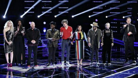 Shocking 'Voice' Eliminations Send Favorites Home And Leaves One Coach Without A Team | Country Music Videos