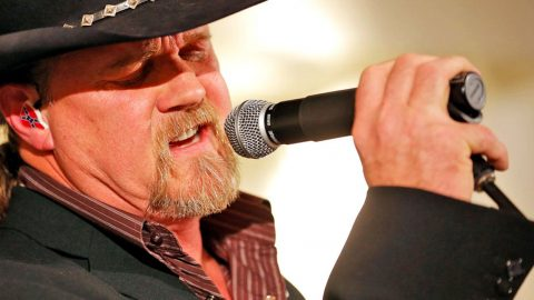 Trace Adkins Bridges The Gap Between Jesus And George Jones In Newest Single | Country Music Videos