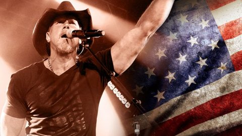 Trace Adkins Bleeds Red, White & Blue With Tribute To American Grit | Country Music Videos