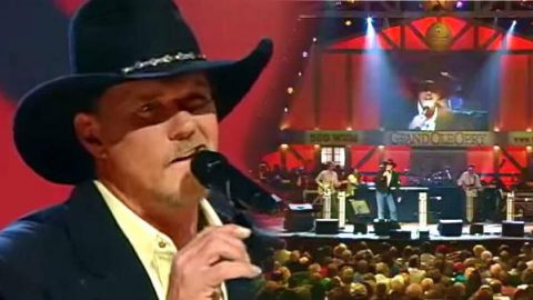 Trace Adkins – Honky Tonk Badonkadonk (Live at the Grand Ole Opry) | Country Music Videos