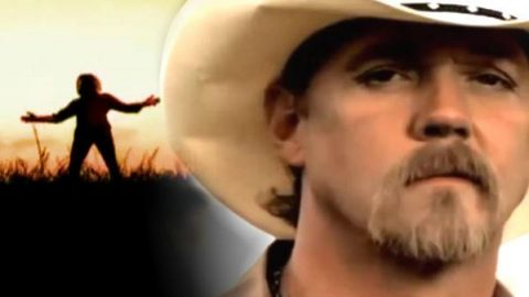 Trace Adkins – I Wanna Feel Something (VIDEO) | Country Music Videos