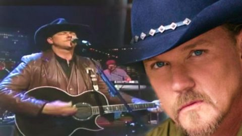 Trace Adkins – Nothin' But Taillights (WATCH) | Country Music Videos