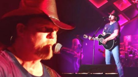 Trace Adkins – Proud To Be Here (Songs & Stories Tour Live) (WATCH) | Country Music Videos
