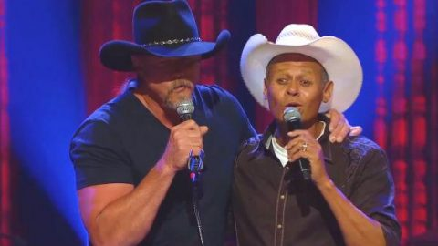 Trace Adkins And Neal McCoy – Roll On Mississippi (VIDEO)   Country Music Videos