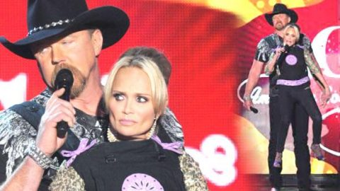 Trace Adkins Carrying Kristin Chenoweth In A Baby Carrier! (VIDEO)   Country Music Videos
