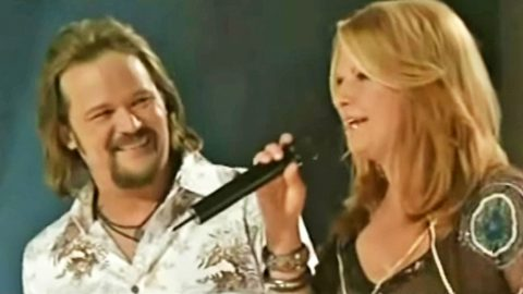 Travis Tritt & Patty Loveless Pay Tribute To Conway & Loretta With Stunning Cover | Country Music Videos