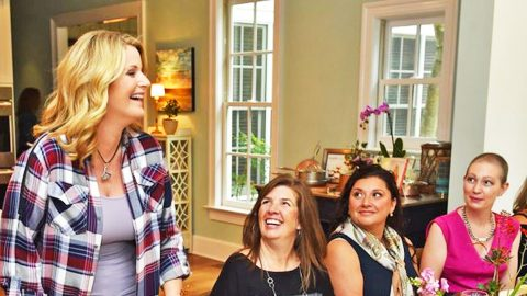 Trisha Yearwood Honors Her Mother's Memory With A Tearful Lunch For Cancer Survivors | Country Music Videos