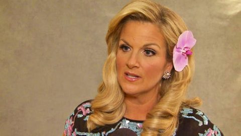 Trisha Yearwood Addresses Criticism Of Recent Photo | Country Music Videos