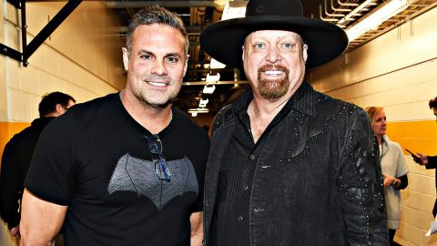 Montgomery Gentry's Troy Gentry Killed In Helicopter Crash | Country Music Videos