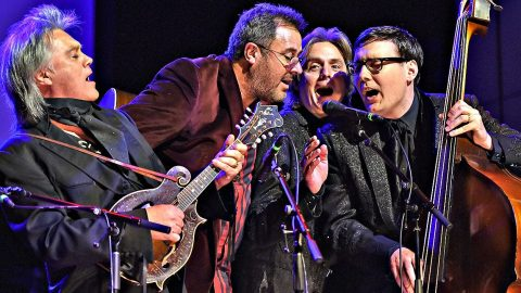 Marty Stuart & Vince Gill Honor A Legend With Majestic 'El Paso' | Country Music Videos
