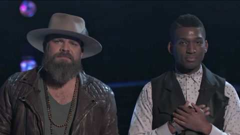 'Voice' Fans Puzzled After Dramatic Elimination | Country Music Videos