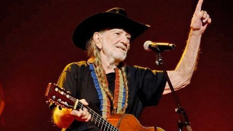 HEALTH UPDATE: Willie Nelson 'Strong As Ever' In First Appearance Following Health Scare (PHOTOS)   Country Music Videos