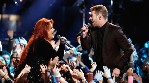 Wynonna Judd And Barrett Baber Rock 'No One Else On Earth' During 'The Voice' Finale | Country Music Videos