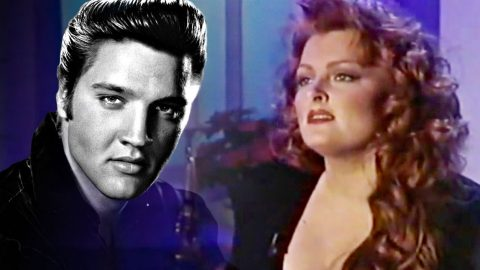Wynonna's Haunting 'Blue Christmas' Cover Will Leave You Brokenhearted   Country Music Videos