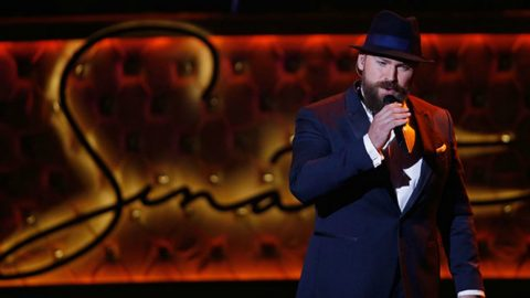 Zac Brown Covers Frank Sinatra's 'The Way You Look Tonight' | Country Music Videos