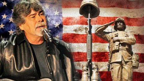 Randy Owen of Alabama Honors Military Widow During Concert (Emotional) (WATCH) | Country Music Videos