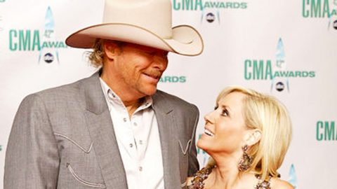 Alan Jackson Confesses His Undying Love For His Wife In 'Once In A Lifetime Love' | Country Music Videos