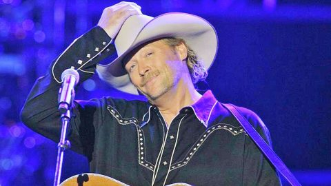 Alan Jackson Set To Release Live Concert DVD With Over 20 Songs | Country Music Videos