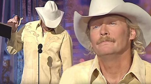 Alan Jackson Breaks Down During 'Song Of The Year' Acceptance Speech For 9/11 Tribute Song | Country Music Videos