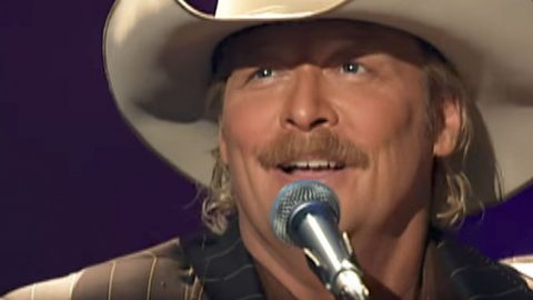 You'll Be Headed Straight To Church After Hearing Alan Jackson's 'I'll Fly Away' | Country Music Videos