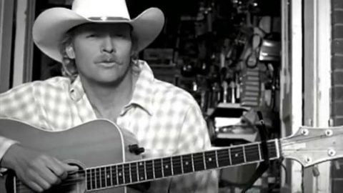 Alan Jackson – Little Man | Country Music Videos