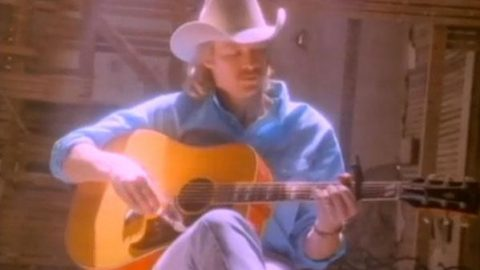 Alan Jackson – Wanted (WATCH) | Country Music Videos
