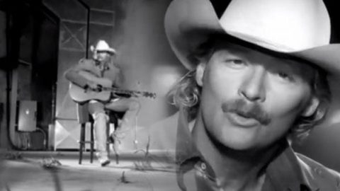 Alan Jackson – When Somebody Loves You (VIDEO) | Country Music Videos