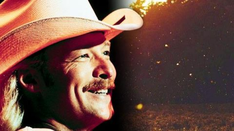 Alan Jackson – Firefly's Song (VIDEO) | Country Music Videos