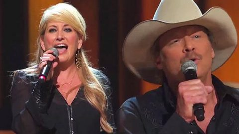 """Alan Jackson & Lee Ann Womack – """"Golden Ring"""" (Live at the Grand Ole Opry) (VIDEO) 