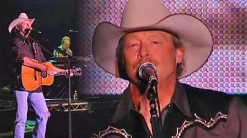 Alan Jackson – Small Town Southern Man (LIVE) (VIDEO) | Country Music Videos