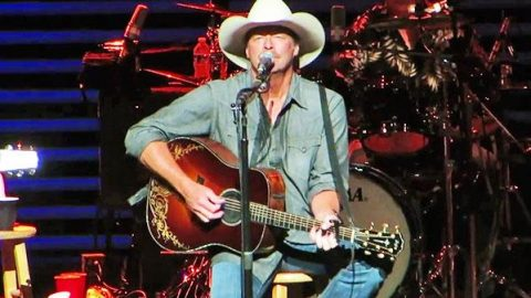 Alan Jackson – Song For The Life (LIVE) (VIDEO) | Country Music Videos