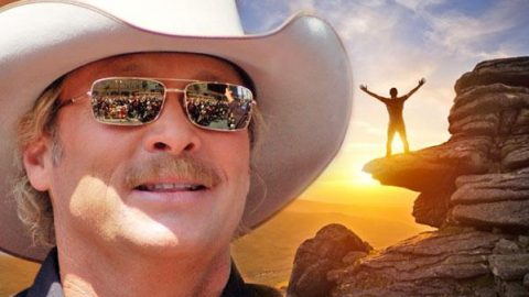 Alan Jackson – The Thrill Is Back (WATCH) | Country Music Videos