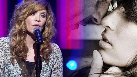 """Alison Krauss – """"When You Say Nothing At All"""" 