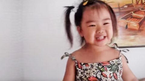 The Internet Went Crazy Over This 2-Year-Old's Cover Of 'Amazing Grace' | Country Music Videos