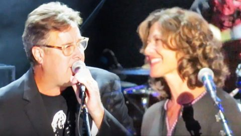 Sparks Fly Between Vince Gill And Amy Grant During Loving Duet | Country Music Videos