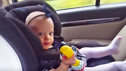 Baby Rocks Out With Rattle To Travis Tritt's Christmas Album | Country Music Videos