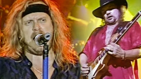 Treat Yourself To The Sweet Sound Of Skynyrd's House-Shakin' Performance Of 'Berneice'   Country Music Videos
