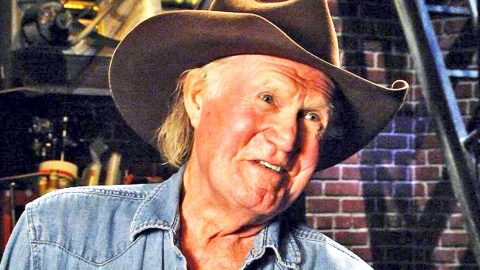 Outlaw Country Legend Shares His Thoughts On Modern Country | Country Music Videos