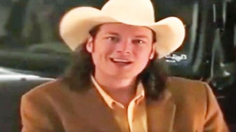 This Blast From The Past Commercial Will Get A Good Chuckle Out Of Blake Shelton Fans | Country Music Videos