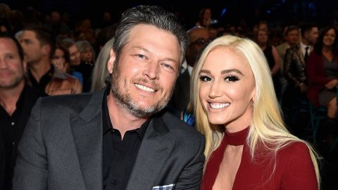 Gwen Stefani Makes Surprise Appearance At ACM Awards | Country Music Videos
