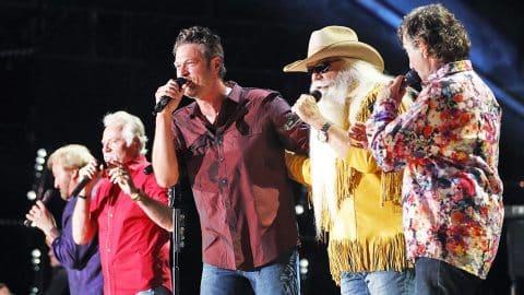 Blake Shelton & The Oak Ridge Boys Deliver UNFORGETTABLE Medley During CMA Fest | Country Music Videos