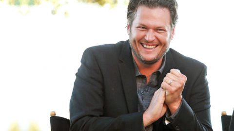 10 Of The Strangest Things Fans Have Tweeted To Blake Shelton | Country Music Videos
